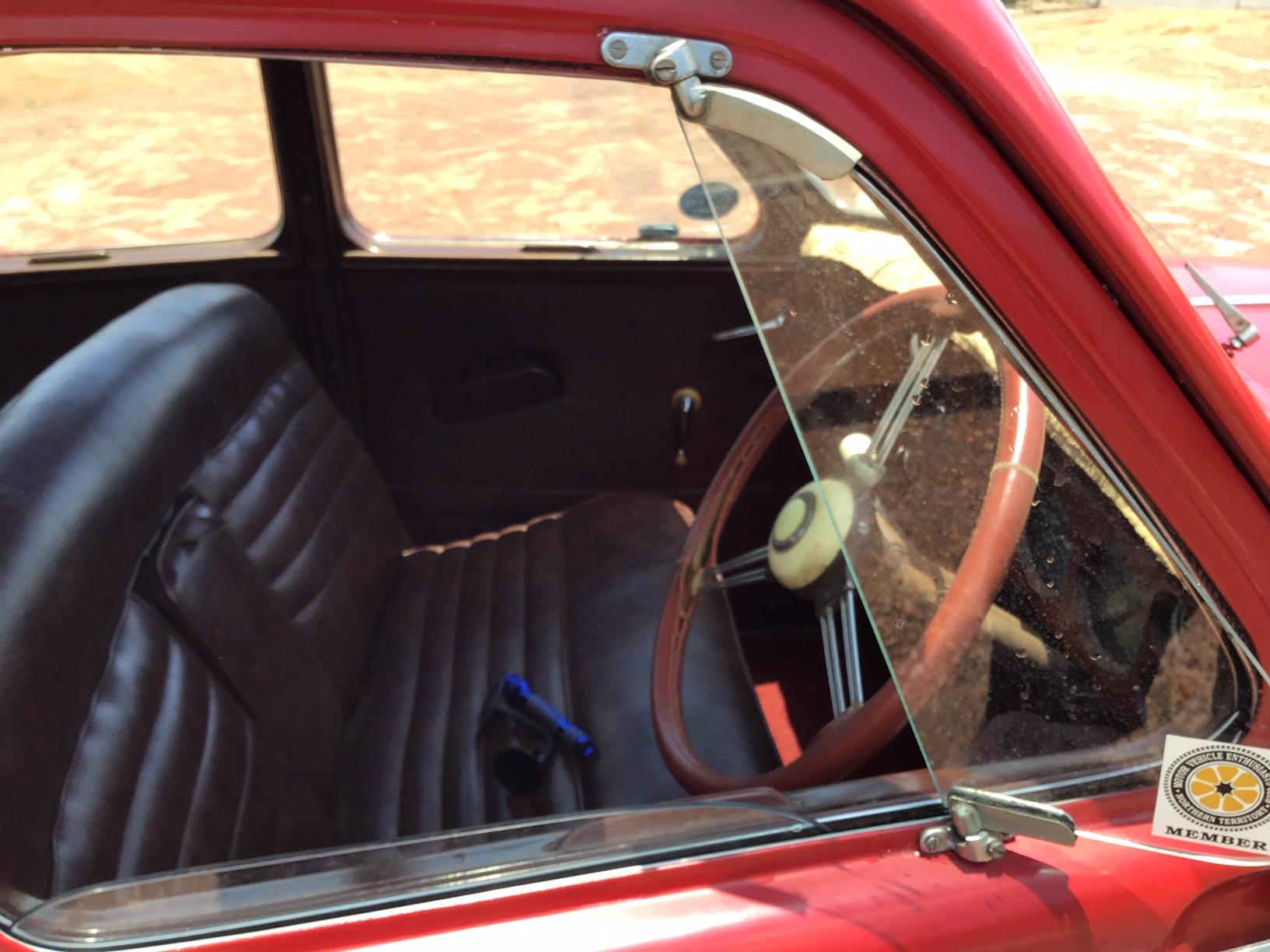 1949 PB Jowett Javelin Deluxe Interior